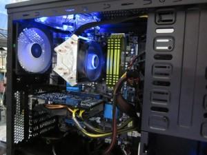 CADパソコンメモリー32GB搭載